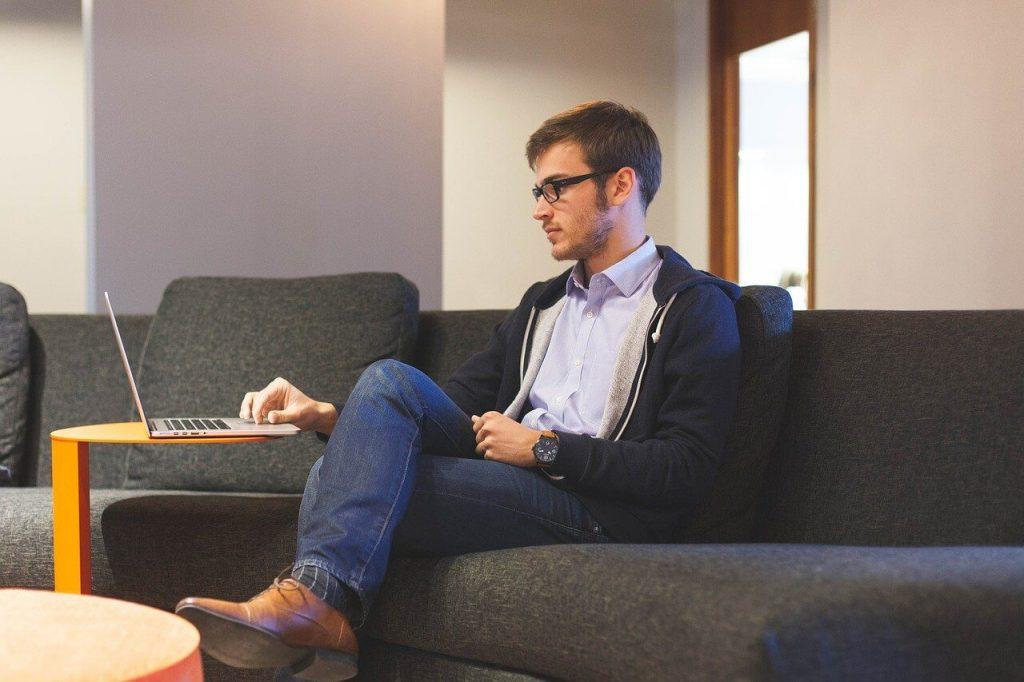 ¿Cómo organizarse para ser productivo desde casa?