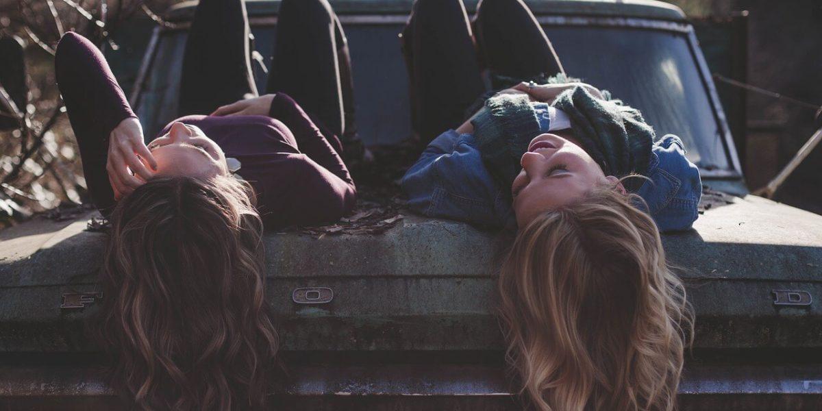 Planea actividades de ocio con tus amigos