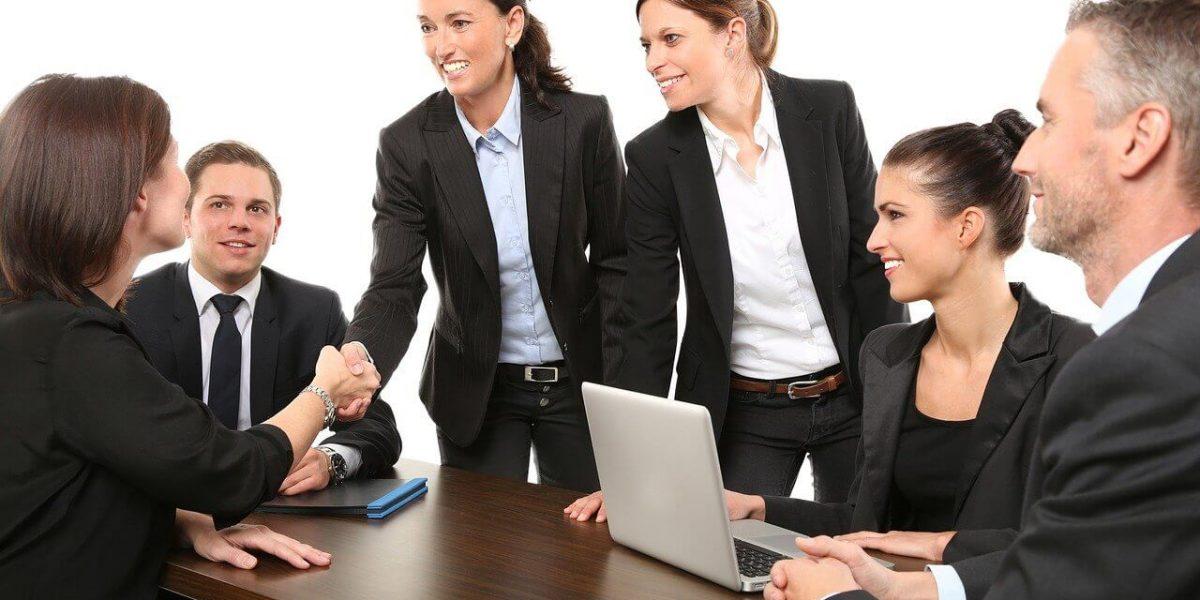 ¿Cómo prepararte para tu primera entrevista de trabajo?